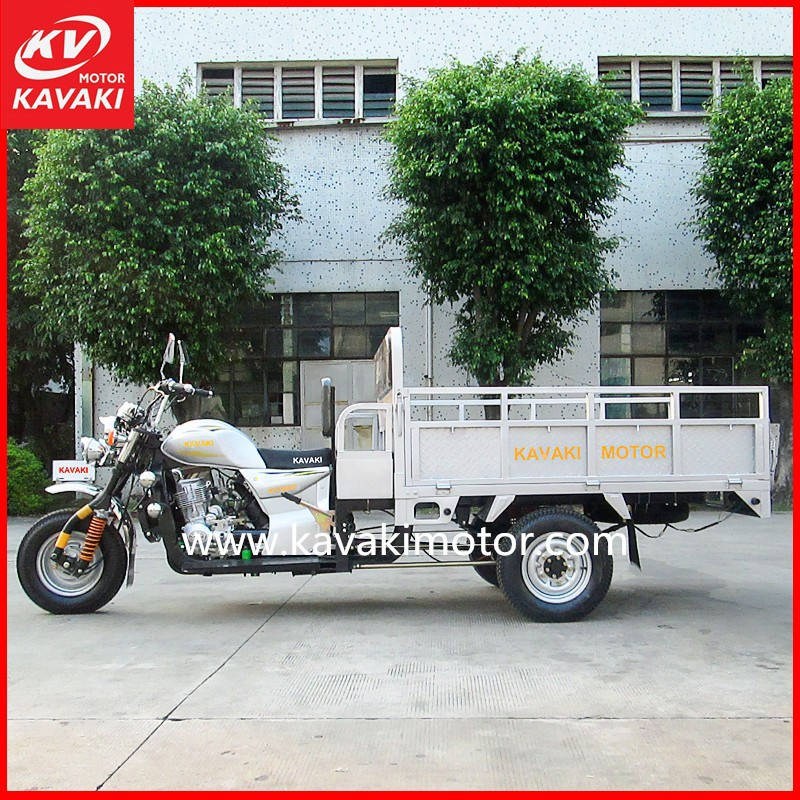 Heavy Duty Cargo Mobile Tricycle Food Cart / Big Loading Capacity With Rear Food Cart For Snack Selling Retails