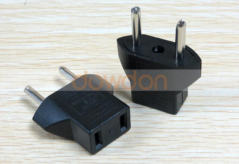 Factory Price CE ROHS Universal Travel Adapter for US EU AU NZ UK Plug