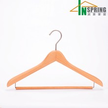 China Inspring wholesale natual wooden clothes coat hangers with bar