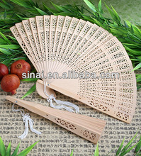 Chinese Factory Popular Wedding Gift Personalized Luxury Sandalwood Fan