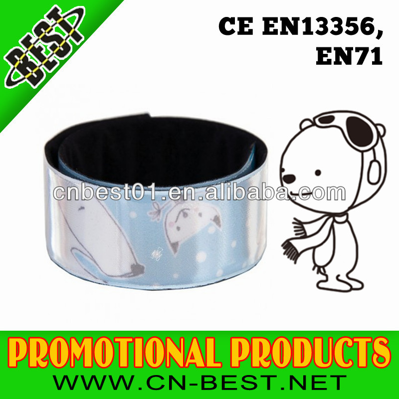 2015 news hot sell high quality EN 13356 reflex slap band manufacture