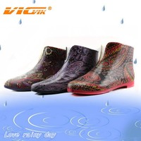 2015 beauty comfortable ankle boots ladies rubber garden shoes