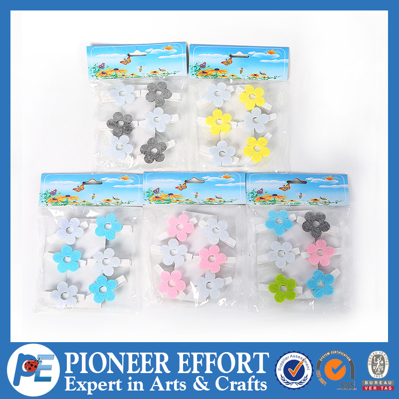Wooden Clips with Decorative Fabric Flower for Spring decor