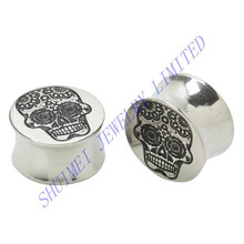 316L Stainless Stee Sugar Skull Logo Saddle Double Flared Screw Fit Flesh Ear Taper Plugs Tunnels Piercing Body Jewelry
