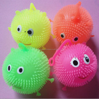 Flashing bouncing ball /Children Flashing Led Spike ball Bouncing Ball