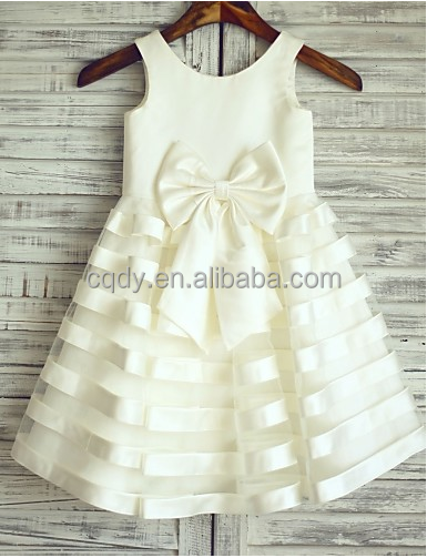 High quality factory price popular girl first communion dress ivory cross stripe skirt with waist flower new style baby dress