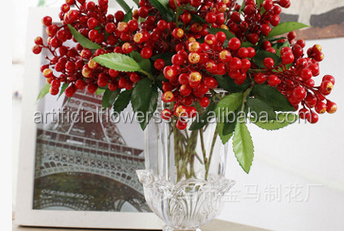 Wholesale artificial berry artificial red berries 2 forks artificial plastic berries artificial flowers for wedding