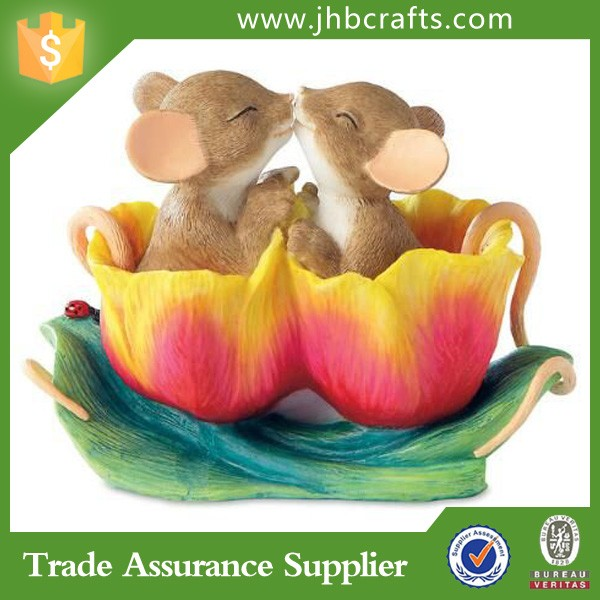 Double Mouses In The Flower Resin Animal Figurines Home Decoration