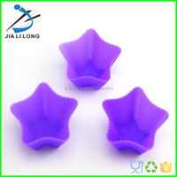 Durable silicone star shaped cake bases