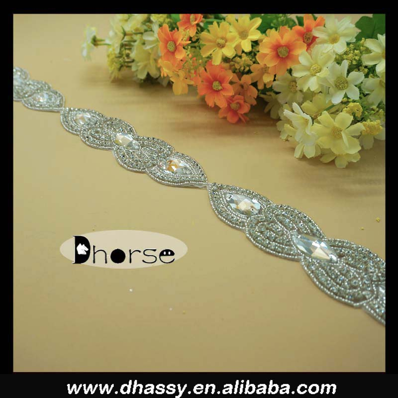 wholesale Alibaba clear crystal rhinestone dresses trims/ trendy bridal sash trim /rhinestone trims wedding ornaments DH-1946