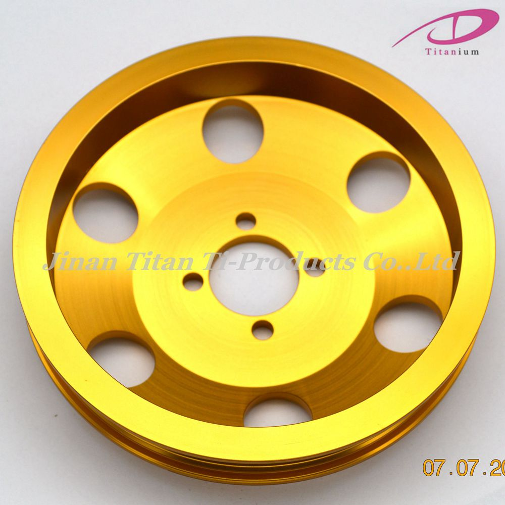 Belt pulley of titanium generator for racing car