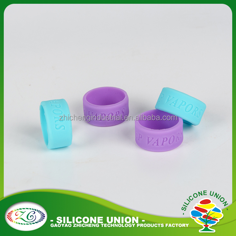 New design debossed custom silicone ring