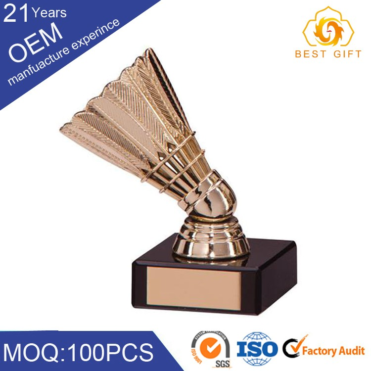 High quality professional metal brand logo golf figure trophy cup