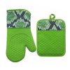 colorful silicone oven mitts and fabric printing color and pot holder use in kitchen