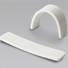 Waterproof White Silicone Laundry Sticker Reusable Long Range UHF 860Mhz~960Mhz Passive RFID Laundry Tag / Label