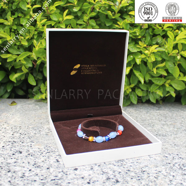 Luxury beautiful custom-made cardboard bangle box