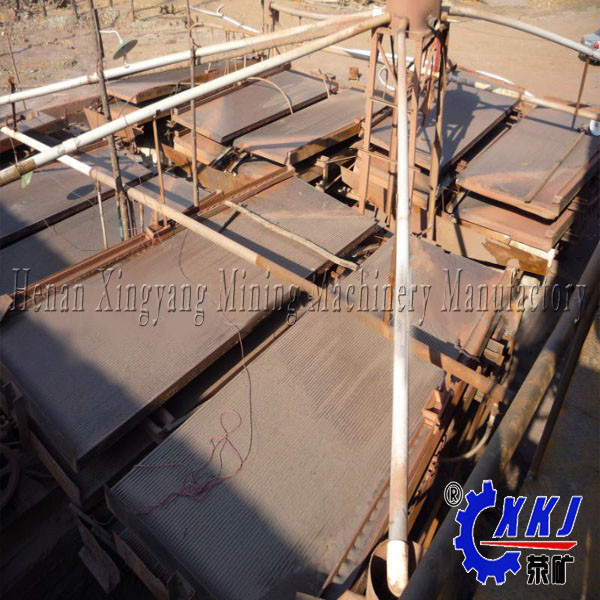 Low invest high recovery free gold separating machine mining shake table