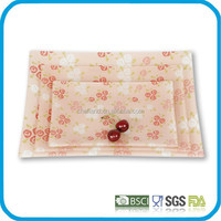 Hot selling red glass plate with floral