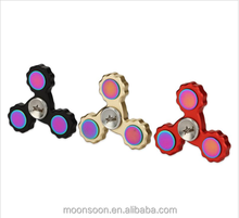 High Quality Colorful 3 Blade Aluminum Alloy Hand Spinner with rainbow top