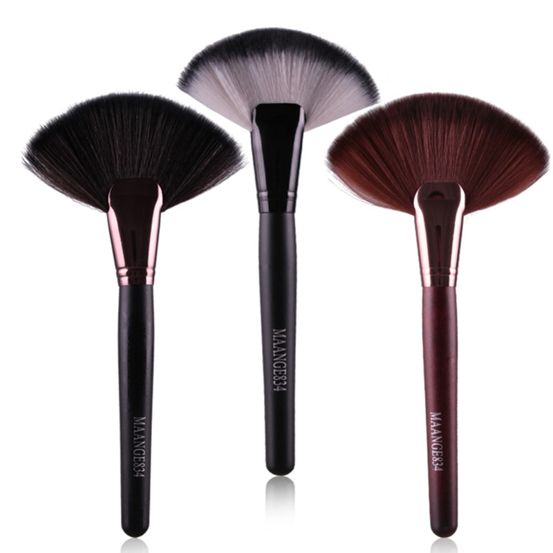 Professional 1pc Soft Makeup Large Fan Brush Blush Loose Powder Foundation <strong>Beauty</strong> Make Up Tool Big Fan Cosmetics Brushes