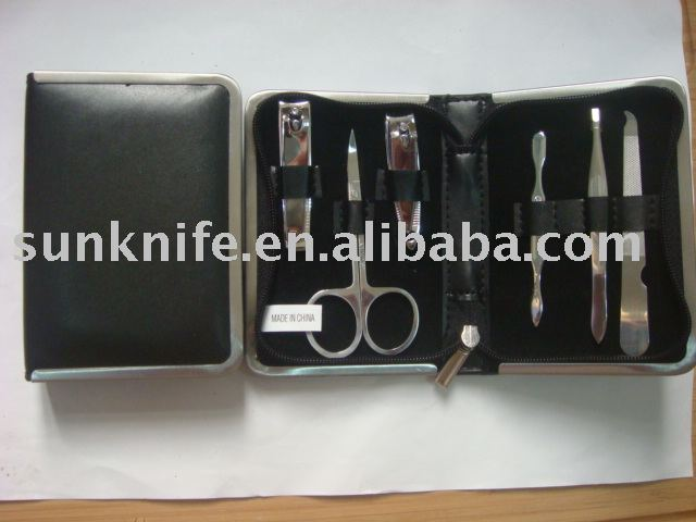 manicure set with metal case,PU leather