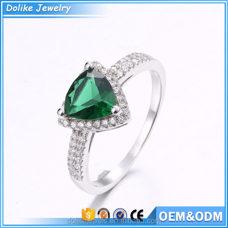 Hot Sale Exquisite Emerald Colored Cubic Zirconia Sterling Silver Ring Stamped 925