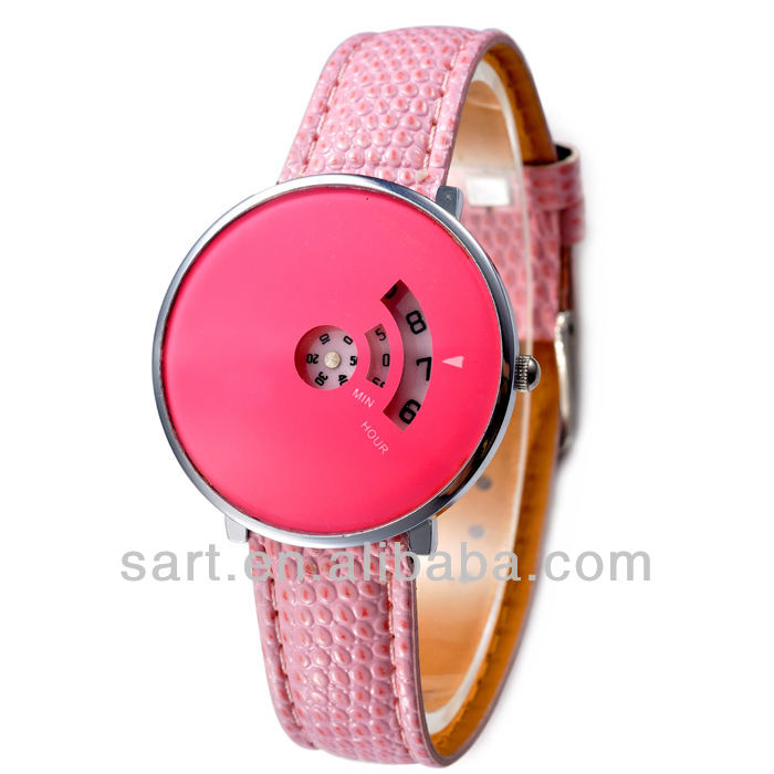 exquisite watch women with alloy case and PU strap