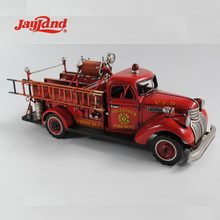Antique Fire Engine Model 1:24-SCALE for Home Decor