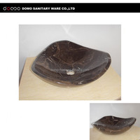 Domo High Quality Free Standing Natural Pebble Stone Carved Garden Stone Water Basin
