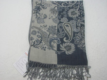Wholesale knitted 100% acrylic throw balnket /knitted floral throw
