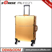 Guangdong Wholesale Beauty Professional Train Trolley Makeup Case With Lighted Mirror