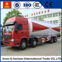 Huge capacity Sinotruk 3 axles 8*4 30000L bulk powder goods tanker