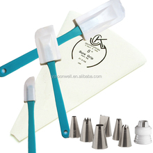 Low price cake tools cake decorating tips kits with spatulas and pastry bags SW-A202
