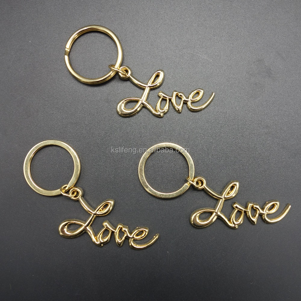 Custom love letters shaped metal keychain with gold plating keyring