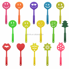 LFGB and FDA grade colorful creative smiley nylon kitchen slotted turner