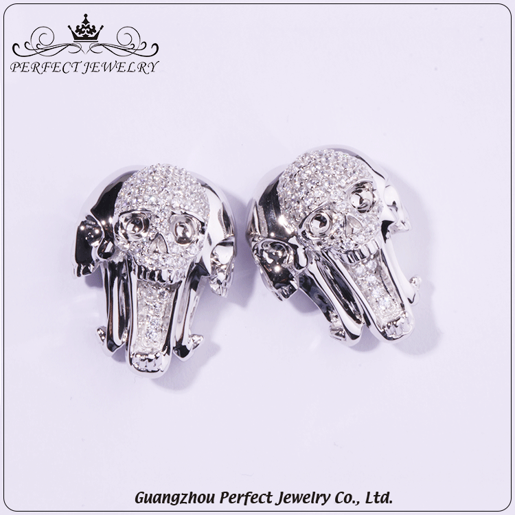 Fashion jewelry 2016 fashion earring designs new model silver skull earrings with zicron