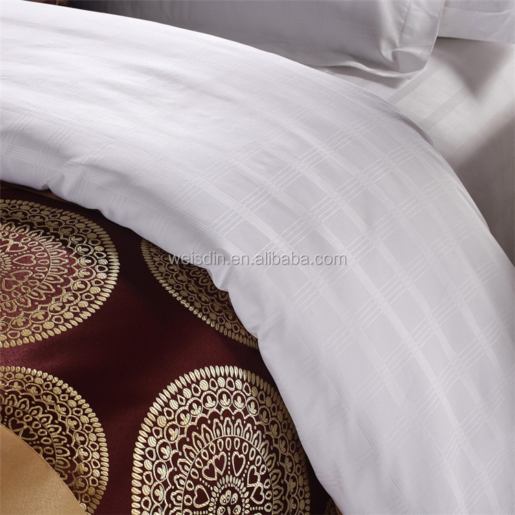 Chinese Wholesale King White Jacquard Hotel Bedding Sets