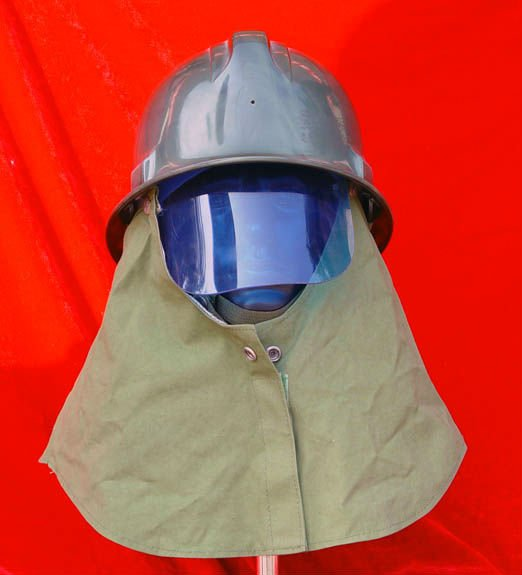 With neck hood abrasion resistance anti-impact heat resistance fire helmet