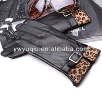 new design black and leopard color ladies leather gloves