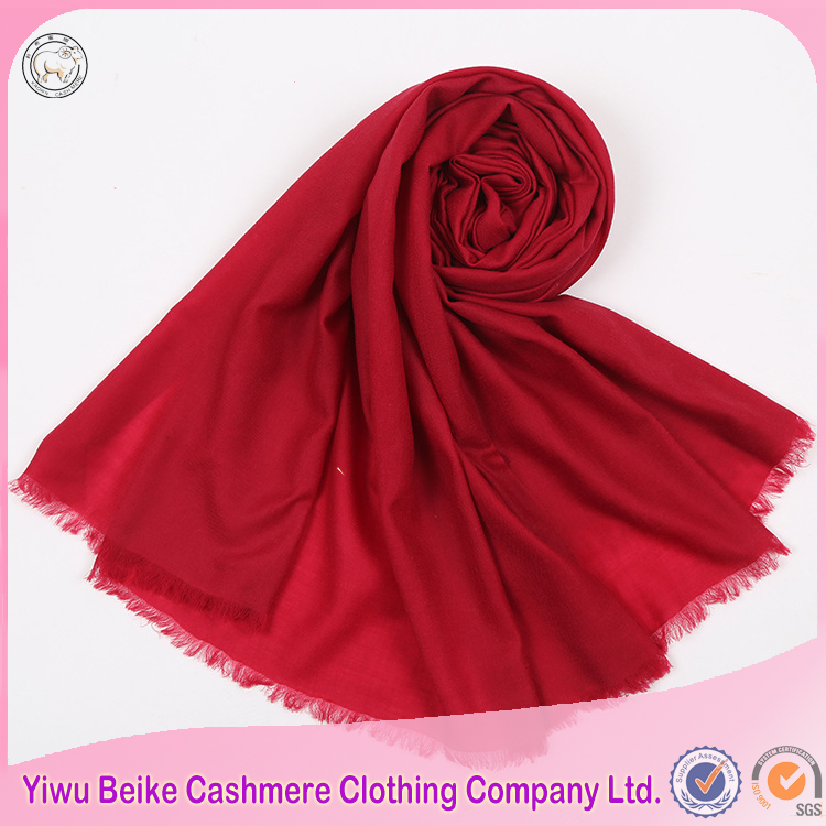 Top quality wholesale Plain color hijab fringe ladies scarf