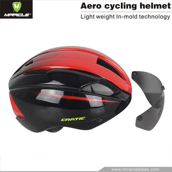 2017 Hot sale in mold cool bicycle helmet with glass