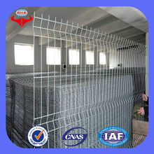 electric glavanized triangle fence wire / superior quality welded wire mesh fence / protective fence