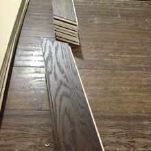 2017 alibaba hot selling white oak distressed parquet engineered wood flooring