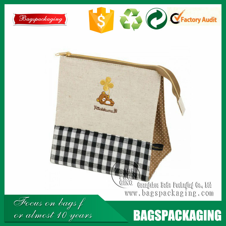 Cute standing customized printed comestic jute bag with zipper