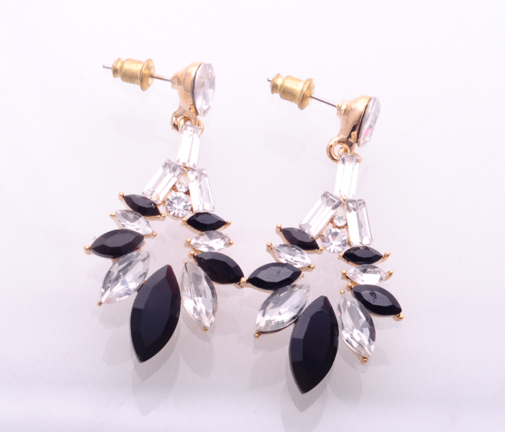 New Fashion Party Jewelry Resin Drops Flower Studs Crystal Earrings for girls/