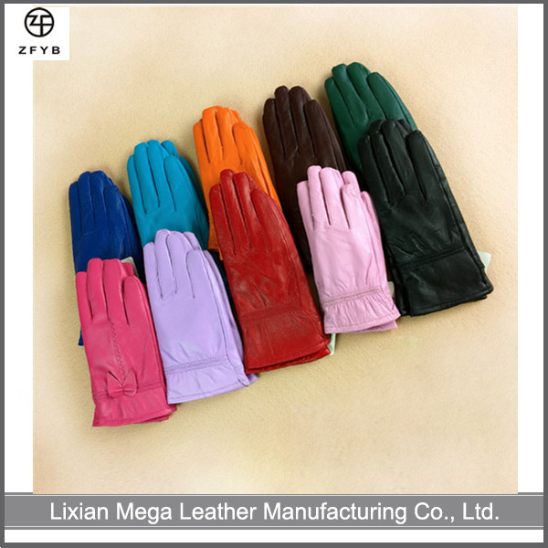 Wholesale Children's Color Winter Warm Touch Screen children leather gloves