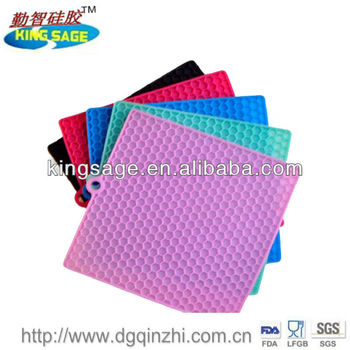 Excellent insulating food grade kitchen silicone baking mat pad