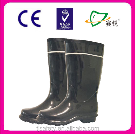 black pvc boot with reflective stripe
