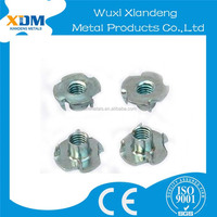 Din1624 stainless Steel Furniture Cap Nuts Furniture T Nut With 4 Prongs Hollow Bolts And Nuts