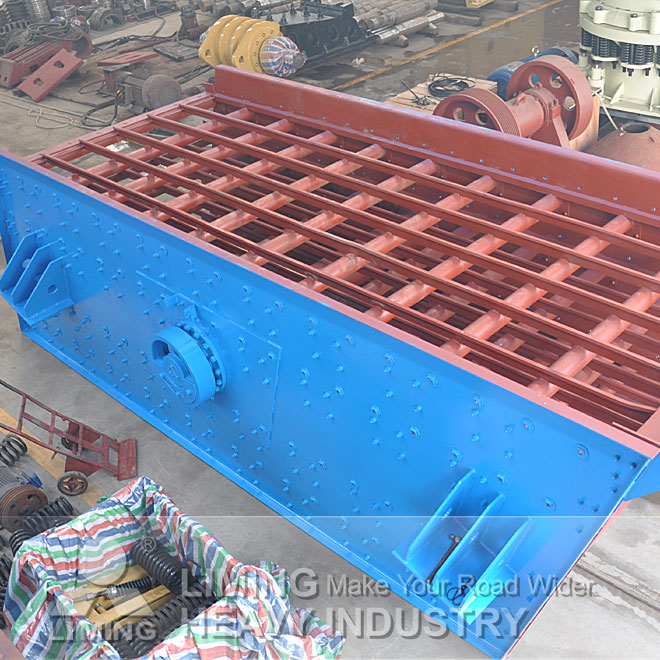High efficiency rock crushing and screening equipment,vibrating Screen for sale Indonesia